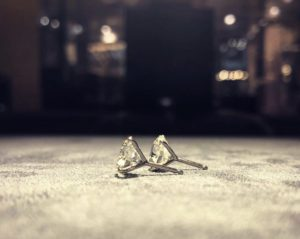 Ohrringe aus Platin Iridium