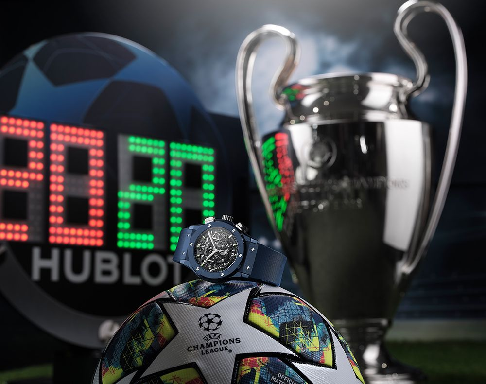 hublot uhr auf champions league fussball vor pokal