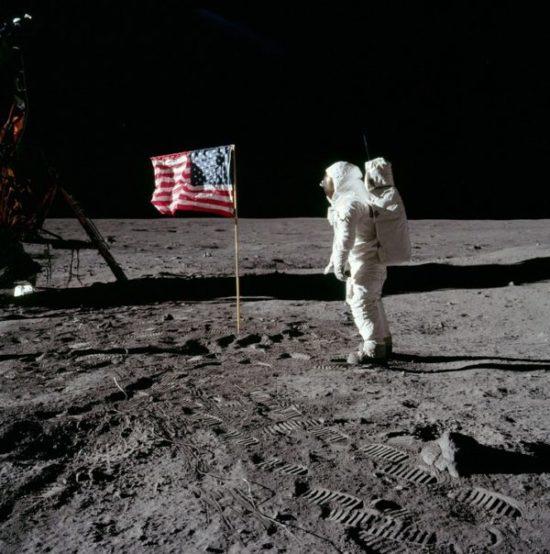 moon landing e